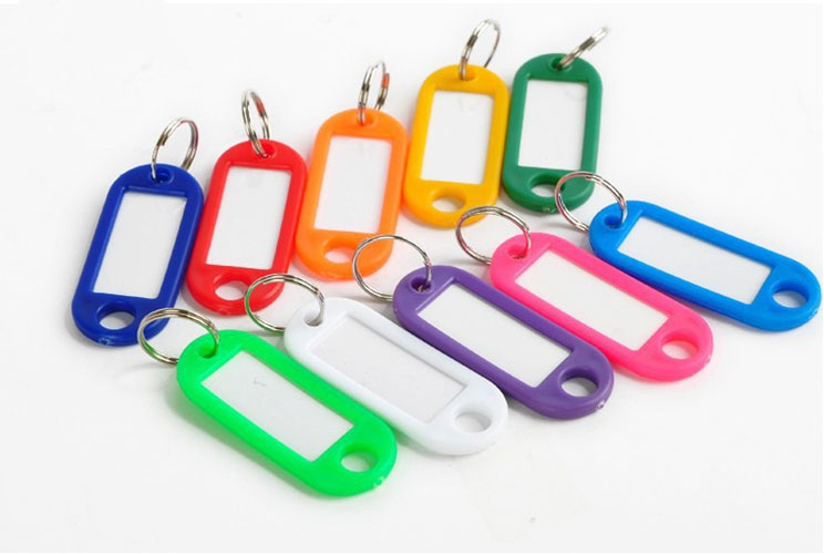 Пластиковые бирки для ключей от производителя от 1,5ршт