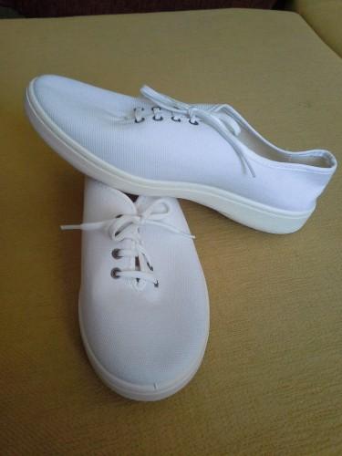 Новые женские белые кеды туфли Франция